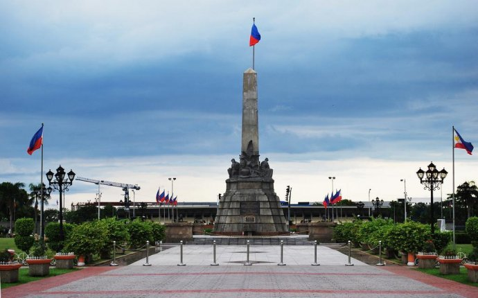 10 Historical Places in the Philippines