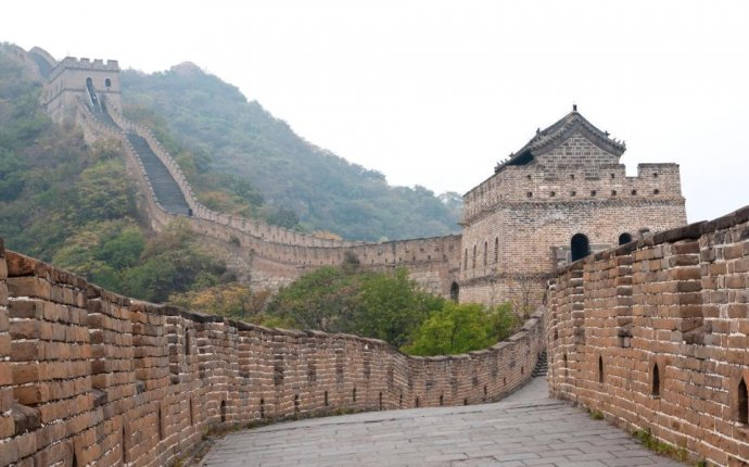 How long is the Great Wall of China, why was it built and how long