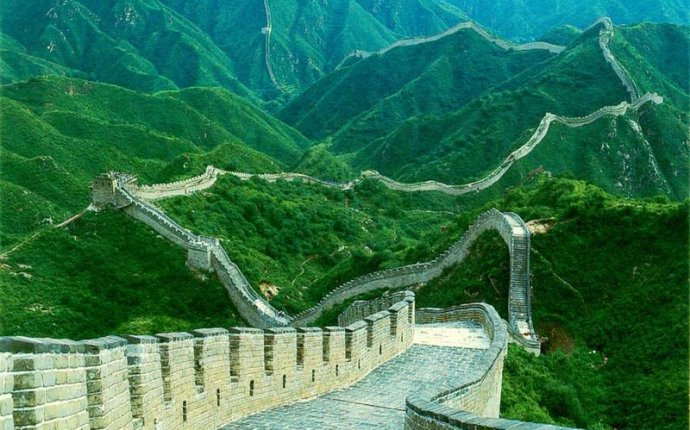 Who build the great Wall of China?