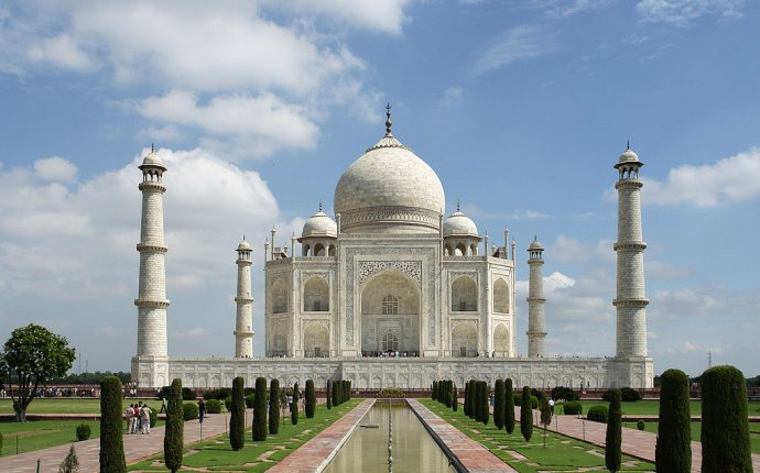 Show the picture of Taj Mahal